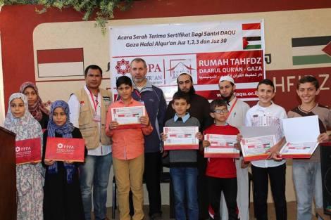 Wisuda Pertama Santri Daarul Qur'an Indonesia Di Gaza Palestina. 1